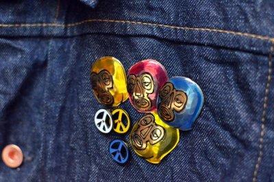 画像2: BRU NA BOINNE (ブルーナボイン) ラブ&ピース [3-colors]