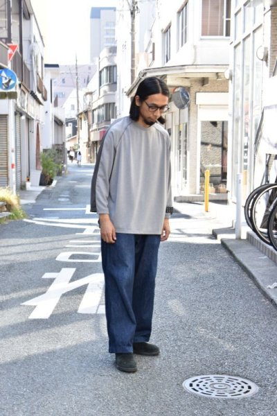 画像1: 【MORE SALE】TRAINERBOYS(トレーナーボーイズ) ALL ROUND 3/4 T-SHIRT [GRAY]
