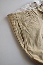 画像4: MASTER & Co. (マスターアンドコー) CHINO PANTS with BELT [BEIGE] (4)