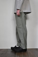画像11: MASTER & Co. (マスターアンドコー) CHINO PANTS with BELT [OLIVE] (11)