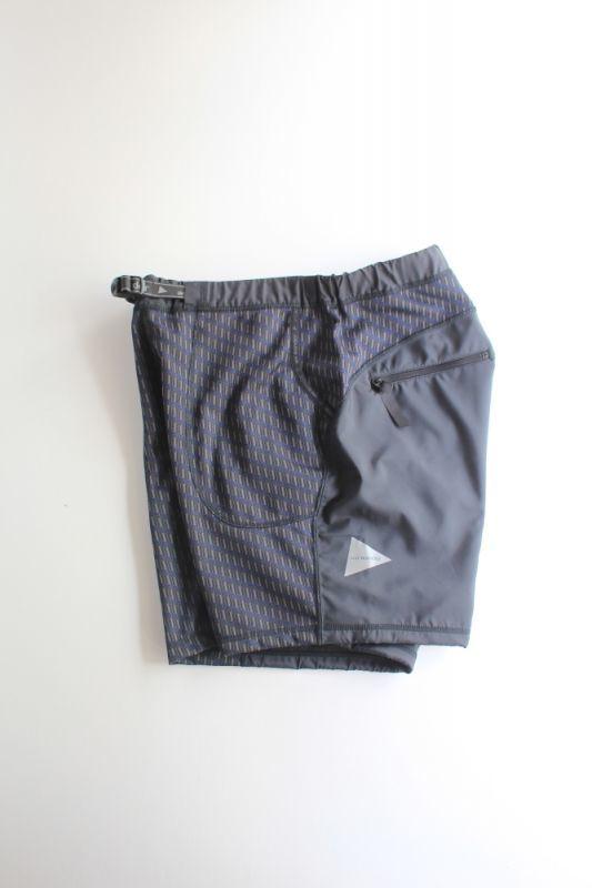 画像1: 【MORE SALE】and wander (アンドワンダー) double jacquard knit short pants [CHARCOAL] (1)