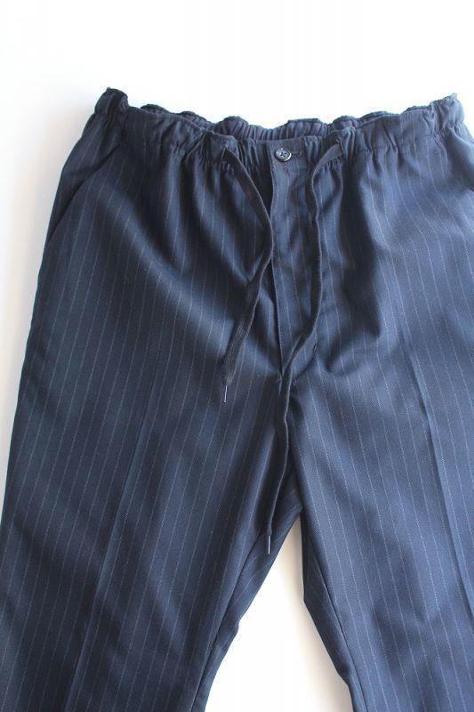 画像1: 【MORE SALE】 Niche. (ニッチ) Gaucho Back Slit  Easy Pants 〔NAVY STRIPE〕 (1)