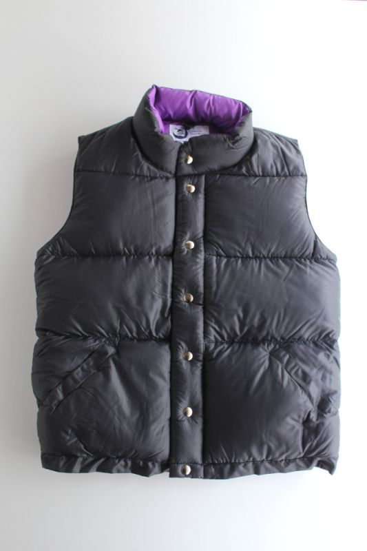 画像1: Crescent Down Works(クレセントダウンワークス) ITALIAN VEST [BLACK/PURPLE] (1)
