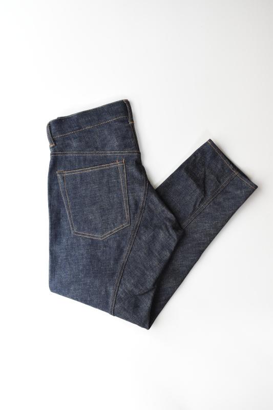 画像1: SCYE BASICS (サイベーシックス) Selvedge Denim Peg Top Jeans [INDIGO] (1)